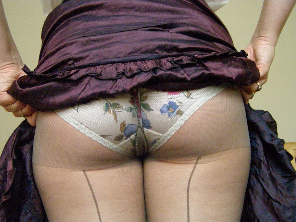 knickers_under_tights-28